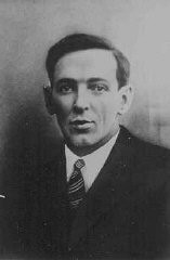 "<p>Xaver Franz Stuetzinger, a member of the Communist Party of Germany, was tortured by the <a href=""/narrative/10800/en"">SS</a> at the <a href=""/narrative/4391/en"">Dachau</a> concentration camp. He died in May 1935 without divulging his connections. Germany, before May 1935.</p>"