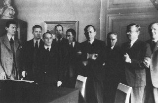 <p>The Danish Freedom Council, Denmark's unofficial government-in-exile from July 1944 to May 1945, was made up of leaders of the four main resistance groups. London, Great Britain, between July 1944 and May 1945.</p>