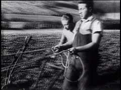 <p>Members of a German Zionist youth group learn farming techniques in preparation for their new lives in Palestine. Many Jewish youths in Nazi Germany participated in similar programs, hoping to escape persecution by leaving the country.</p>