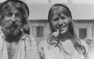 <p>Two Roma (Gypsies) photographed near Craiova. Romania, probably early 1930s.</p>