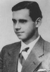 """<p><a href=""""/narrative/5099/en"""">Wilhelm Kusserow</a>, a German <a href=""""/narrative/5070/en"""">Jehovah's Witness</a> who was shot by the Nazis. Germany, ca. 1940.</p>"""