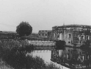 "<p>A postwar photograph of the <a href=""/narrative/5377/en"">Breendonk</a> internment camp in <a href=""/narrative/5505/en"">Belgium</a>.</p>