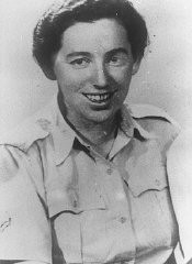 "<p>Haviva Reik, a <a href=""/narrative/5666/en"">parachutist from Palestine</a>, before her mission to aid Jews in Slovakia. She was caught and executed by the Nazis. Palestine, probably before September 1944.</p>"