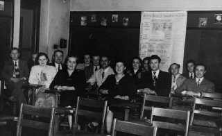 <p>A class for new immigrants in the United States. Postwar.</p>