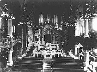 <p>An interior view of the Sephardic synagogue on Luetzowstrasse. Berlin, Germany, before November 1938.</p>