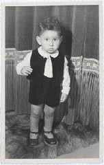 "<p>Jewish child Hans van den Broeke (born Hans Culp) in <a href=""/narrative/7711/en"">hiding</a> in the Netherlands. He is 2 years old in this photograph.</p>"