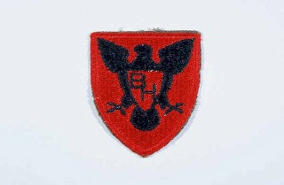 "<p>Insignia of the <a href=""/narrative/7833/en"">86th Infantry Division</a>. The 86th Infantry Division developed the blackhawk as its insignia during <a href=""/narrative/28/en"">World War I</a>, to honor the Native American warrior of that name who fought the US Army in Illinois and Wisconsin during the early nineteenth century. The nickname ""The Blackhawks"" or ""Blackhawk"" division is derived from the insignia.</p>"