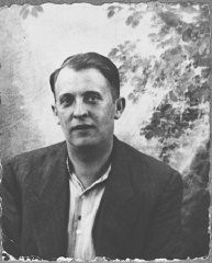 """<p>Portrait of Lazar Ischach, son of Yosef Ischach. He was a grocer and lived at Drinska 77 in Bitola.</p> <p>This photograph was one of the individual and family portraits of members of the <a href=""""/narrative/9092/en"""">Jewish community of Bitola</a>, Macedonia, used by Bulgarian occupation authorities to register the Jewish population prior to its deportation in March 1943.</p>"""