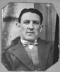 """<p>Portrait of Leon Pardo. He lived on Sremska in Bitola.</p> <p>This photograph was one of the individual and family portraits of members of the <a href=""""/narrative/9092/en"""">Jewish community of Bitola</a>, Macedonia, used by Bulgarian occupation authorities to register the Jewish population prior to its deportation in March 1943.</p>"""