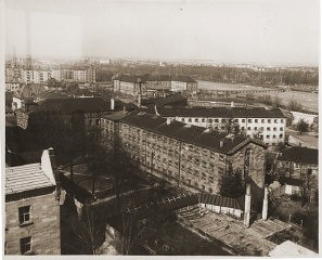 """<p>An aerial view of the Nuremberg prison, where defendants in the <a href=""""/narrative/9366/en"""">International Military Tribunal</a> war crimes trial were held. Photograph taken in Nuremberg, Germany, between October 1945 and October 1946.</p>"""