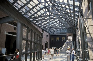 <p>Visitors in the Hall of Witness at the United States Holocaust Memorial Museum. Washington, DC., April 1998.</p>