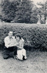 <p>Aron and Lisa in Florence, Italy, 1945.</p>