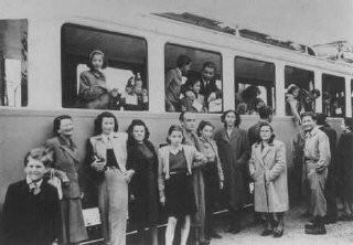 "<p>Jews from the ""Kasztner train"" arrive in Switzerland. This group of Jews was released from Bergen-Belsen as a result of negotiations between the Germans and Hungarian Jewish leaders Joel Brand and Rezso Kasztner. Switzerland, August 1944.</p>"