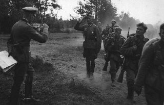 <p>German infantry during the invasion of the Soviet Union in 1941.</p>