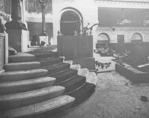 "<p>The New Synagogue in Trieste, <a href=""/narrative/5174/en"">Italy</a>. It opened in 1912 and was desecrated by the Nazis on July 18, 1942. Trieste, Italy, July 18, 1942.</p>"