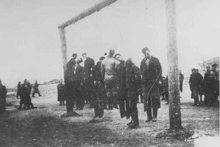 <p>Members of the Lvov Jewish council are hanged by the Germans. Lvov, Poland, September 1942.</p>