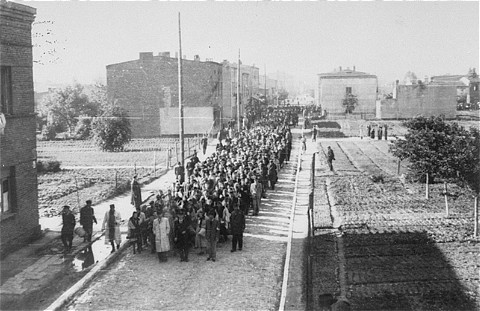 Deportation of Jews from the Lodz ghetto. Poland, August 1944. [LCID: 10052]