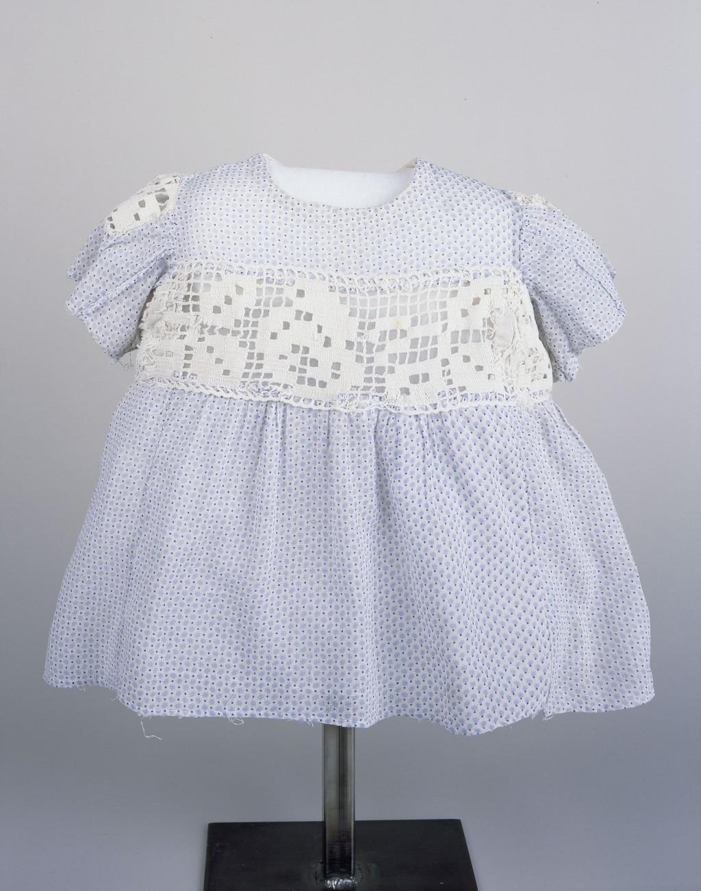 Dress Worn by a Hidden Child [LCID: 20152voc]