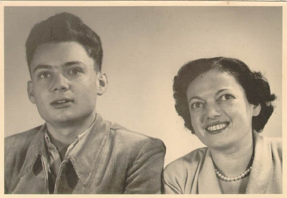 "<p><a href=""/narrative/10415"">Thomas Buergenthal</a> with his mother, Gerda, in Goettingen, Germany, 1950.</p>