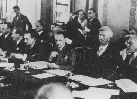 Scene during the Evian Conference on Jewish refugees. [LCID: 67487c]