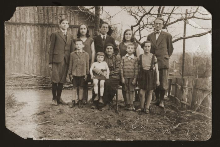 <p>Family portrait of the Gartenberg family in Drohobycz, Poland. None of those pictured would survive the Holocaust. Photograph taken in 1930. </p>