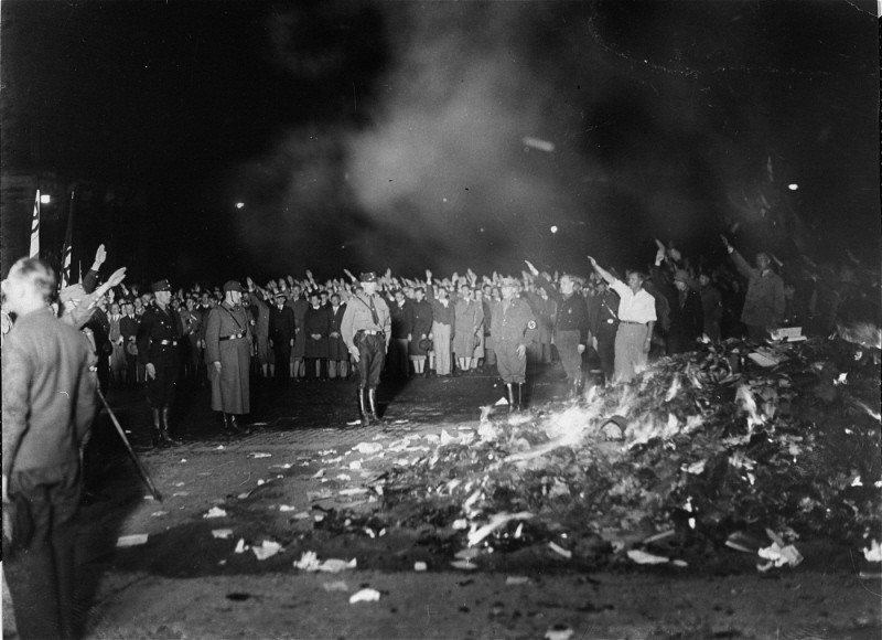 "Books and writings deemed ""un-German"" are burned at the Opernplatz. [LCID: 31077]"