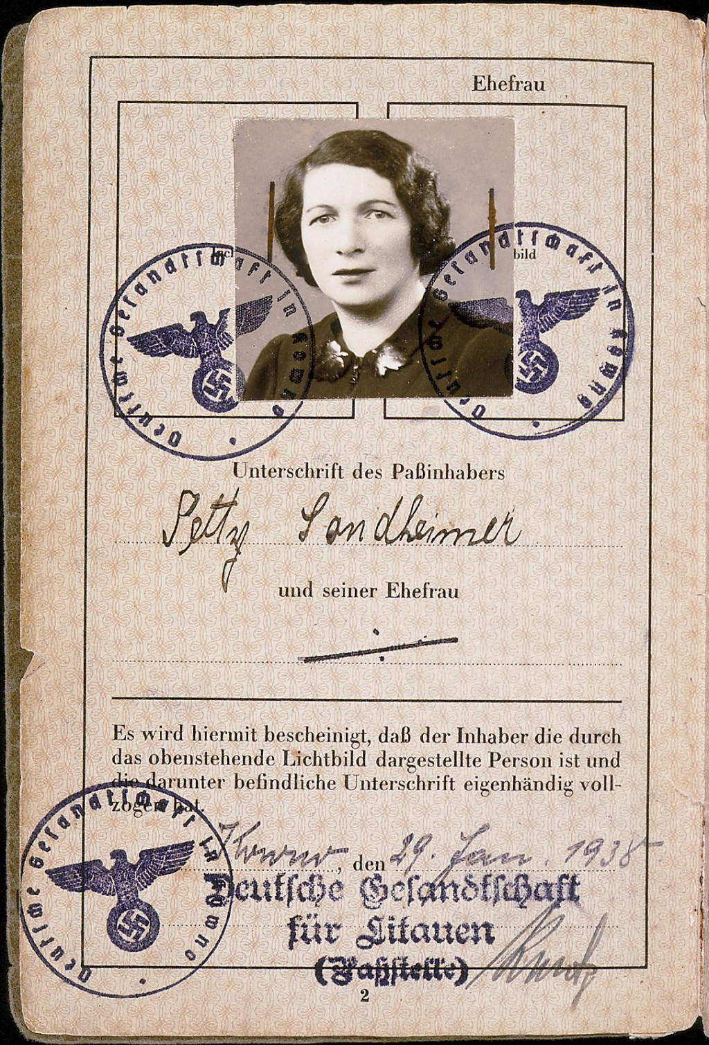 Page 2 of passport issued to Setty Sondheimer [LCID: 2000dc02]