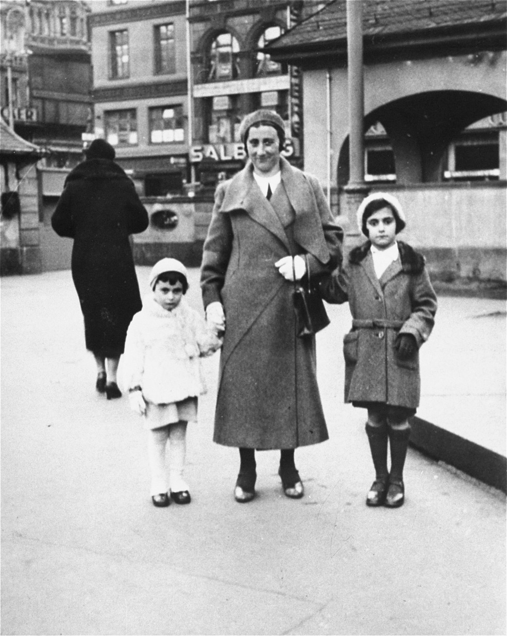 Anne Frank with her mother and sister. Frankfurt, Germany, 1933. [LCID: 62124b]