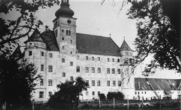 <p>Hartheim castle, a euthanasia killing center where people with physical and mental disabilities were killed by gassing and lethal injection. Hartheim, Austria, date uncertain.</p>