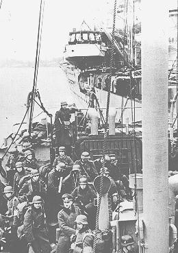 "<p>German troops arriving in Norway by ship prepare for landing during the German invasion of <a href=""/narrative/6313"">Norway</a>. May 3, 1940.</p>"