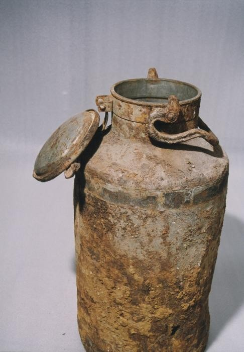 Milk can used to hold part of the Oneg Shabbat archive