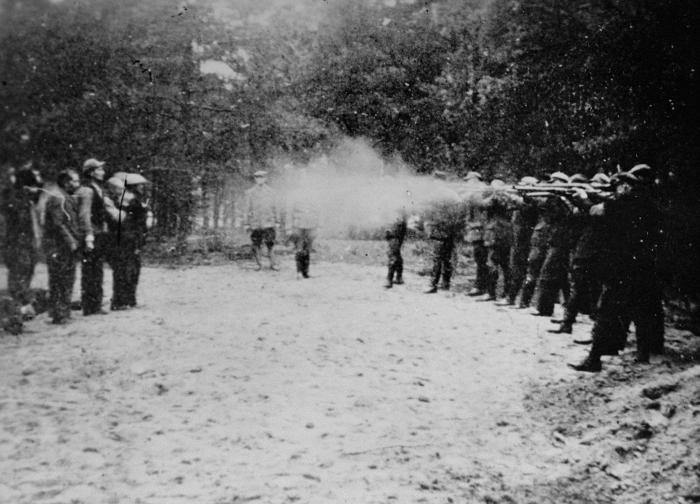 The execution of Poles in the Barbarka Forest