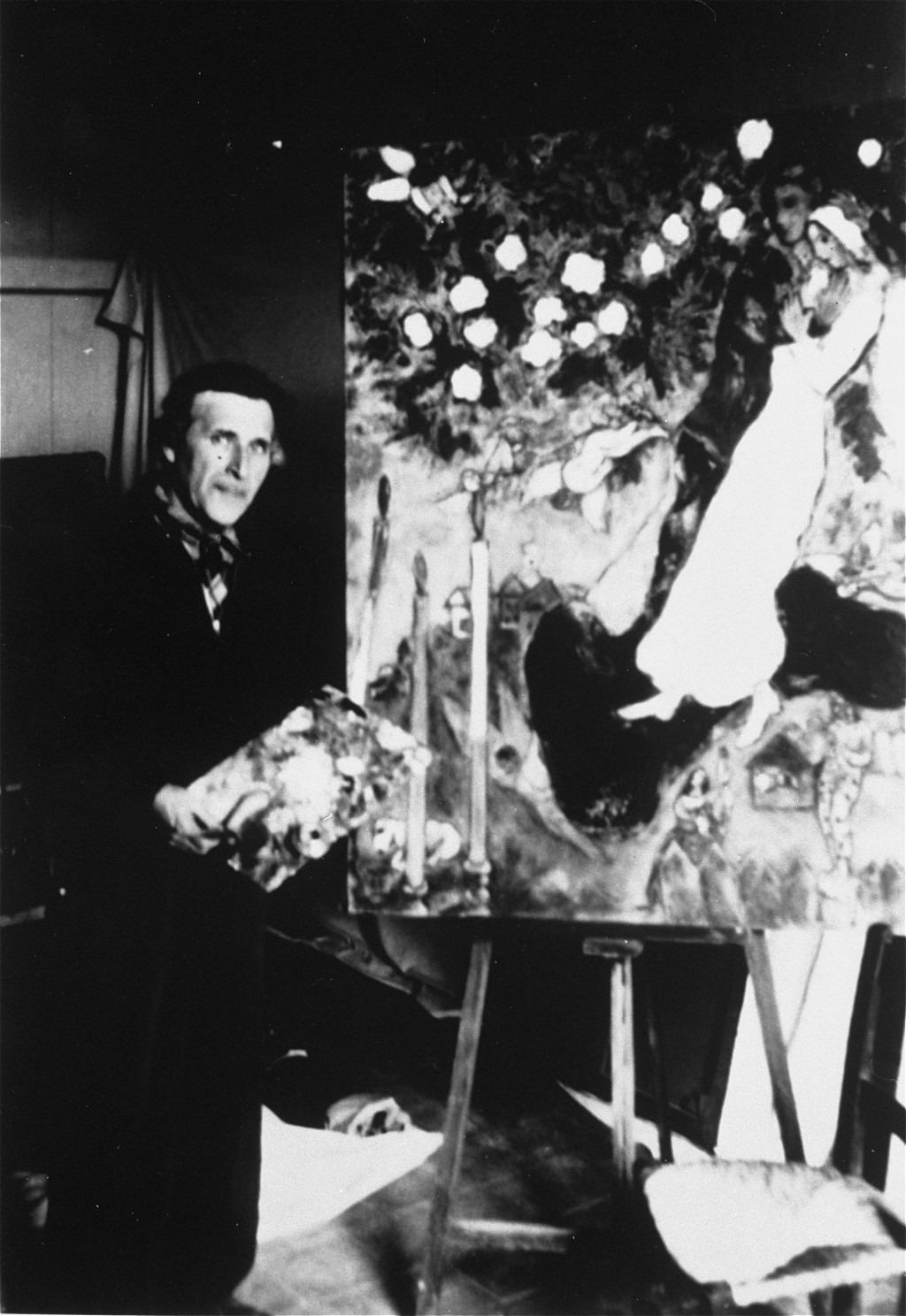 Marc Chagall, the Russian Jewish artist, at work in his studio in southern France. [LCID: 10116]