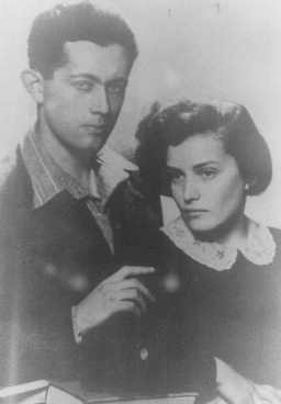 Shimshon and Tova Draenger, members of the underground in the Krakow and Warsaw ghettos and partisans in the Wisnicz Forest. [LCID: 90253]