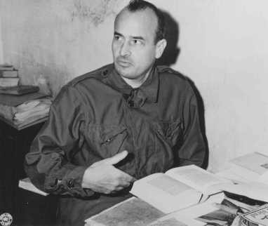 <p>Defendant Hans Frank, former Governor General of occupied Poland, in his cell at the Nuremberg prison. November 24, 1945.</p>