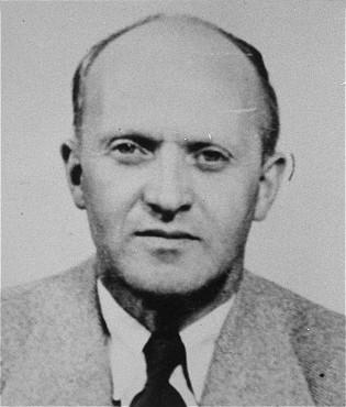 <p>Klaas de Vries, Testigo de Jehová holandés, fue deportado al campo de concentración de Sachsenhausen en Alemania. Países bajos, fecha incierta.</p>