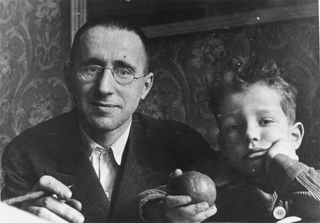 Bertolt Brecht | The Holocaust Encyclopedia