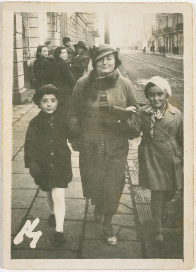 <p>Jutta Szmirgeld (Jutta, right, and her brother, left)</p>