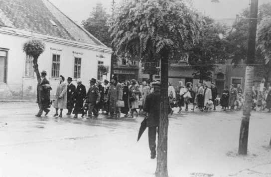 Deportation of Hungarian Jews. Koszeg, Hungary, May 1944. [LCID: 68629c]
