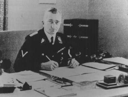 <p>Arthur Nebe, jefe de la policía criminal nazi (Kripo). Alemania, fecha incierta.</p>