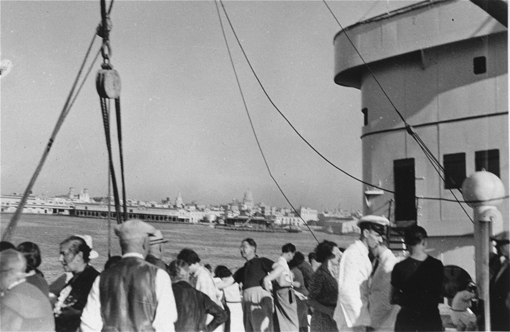<p>Passengers on the <em>St. Louis</em> wait to hear whether the Cuban government will permit them to land. Havana, Cuba, between May 27 and June 2, 1939.</p>