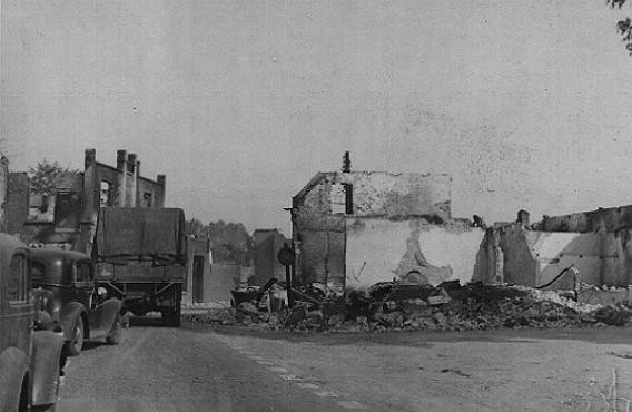 <p>Ruined buildings in a French town destroyed by German forces during the Western Campaign. France, May-June 1940.</p>