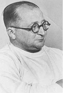 Nazi physician Carl Clauberg,  who performed medical experiments on prisoners in Block 10 of the Auschwitz camp. [LCID: 27044]