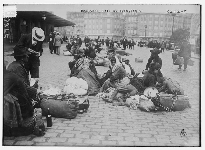 "<p>Refugees in the Gare de Lyon in Paris during <a href=""/narrative/28"">World War I</a>. Paris, France, photograph taken ca. 1914–15.</p>"