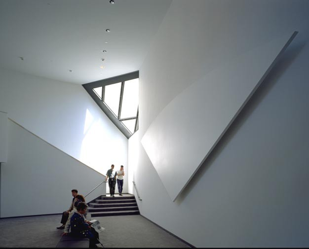 Third floor lounge in the United States Holocaust Memorial Museum. [LCID: lounge]