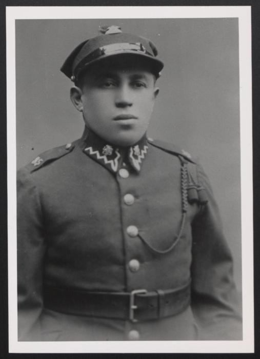 Shlomo Trabska in a Polish Army uniform