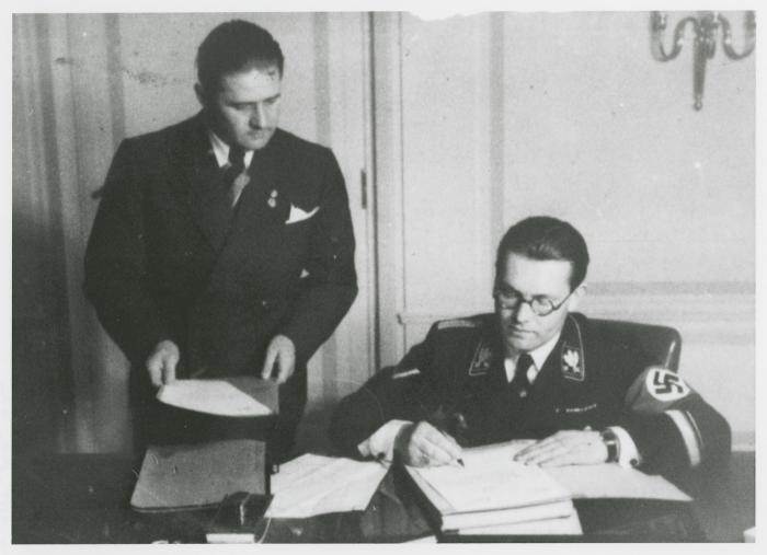 "<div class=""show-data show-memo-data"">