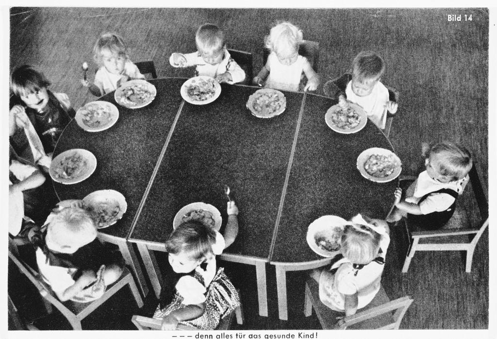 Propaganda depicting German children