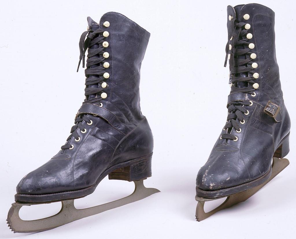 Ice Skates [LCID: 2005fgkb]