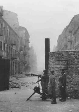 <p>German soldiers during the Warsaw ghetto uprising. Warsaw, Poland, April 19-May 16, 1943.</p>